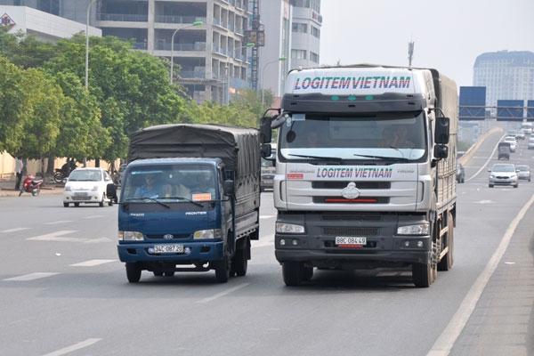 Sẽ phạt nặng xe tải chưa lắp giám sát hành trình
