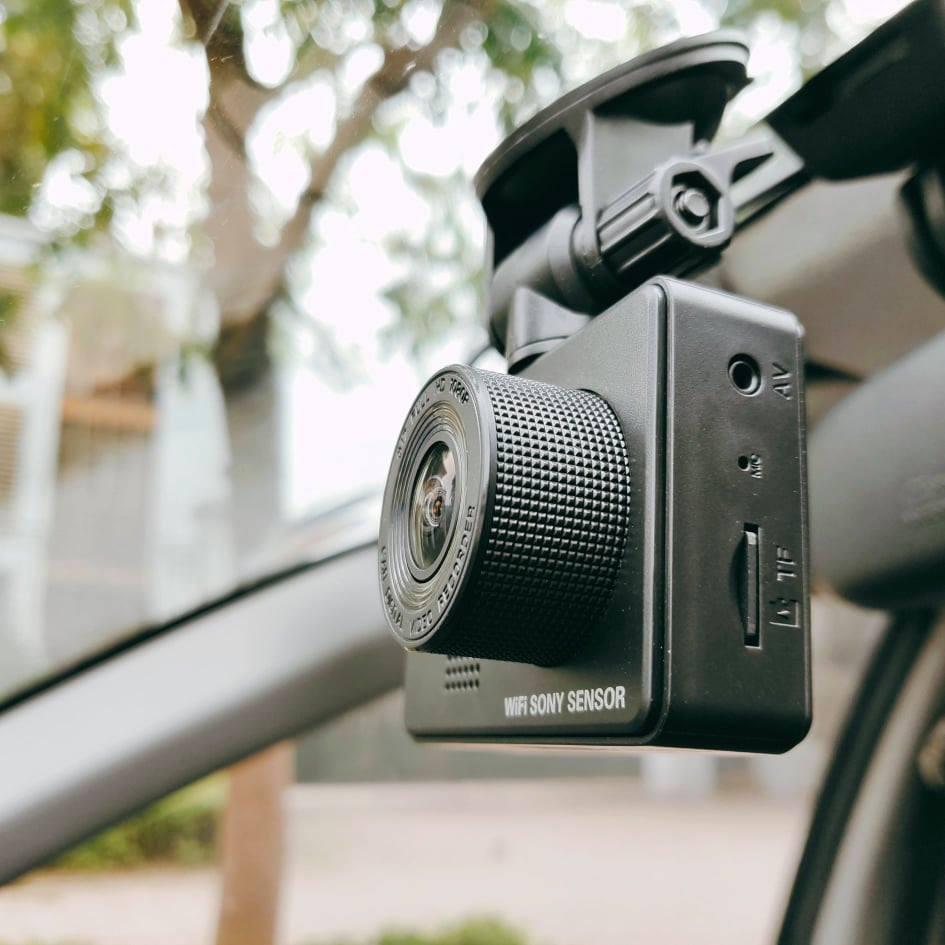 Chiếc Camera hành trình giúp bạn có bằng chứng khi không may xẩy ra va chạm trên đường