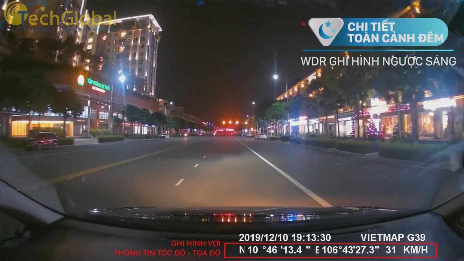Vietmap G39 ghi hình ban đêm rõ nét với thông tin tốc độ, toạ độ chi tiết