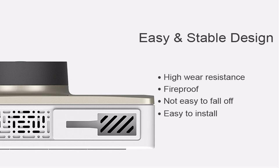 Yi 2k Thiết kế chống bụi, chống cháy, chân gắn chắc chắn và dễ dàng lắp đặt.