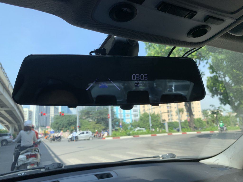 camera gương g8+ đep mê li